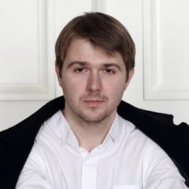 солист Московского музыкального театра «Геликон-опера», тенор